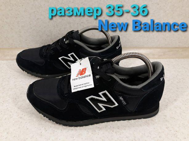 Оригинальные кроссовки New Balance. Размер 35-36. По стельке 22,5 см.