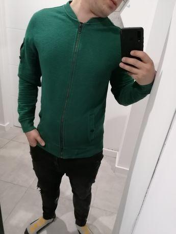 Sweterek zapinany