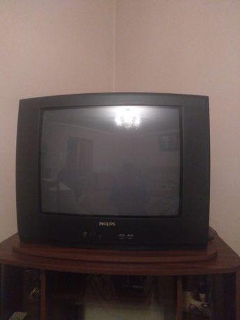 Телевізор в доброму стані