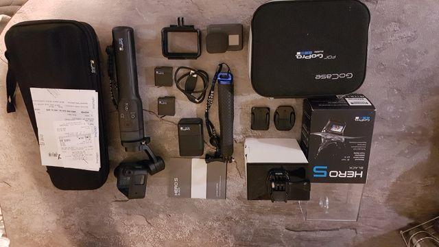 Kamera Gopro hero 5 black + gimbal