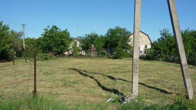 Покос травы, сорняки ,кустарников;спилить деревьевъ, обрезка деревьев,