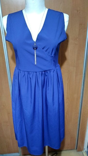 Sukienka z kloszem, 44-46.