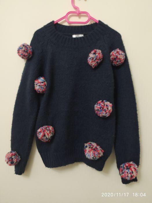 Śliczny sweter z pomponami Czechy - image 1