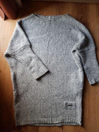 Ciepły sweter nietoperz