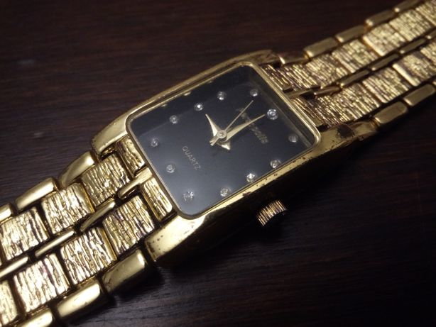 Pozłacany zegarek damski Persopolis