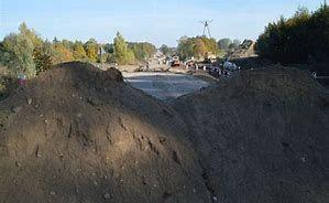 Żwir piasek kamien czarnoziem
