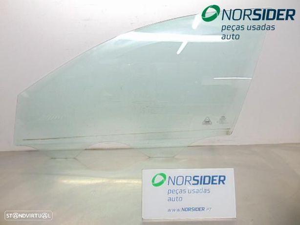 Vidro porta frente esquerda Kia Ceed Sport Wagon|06-09