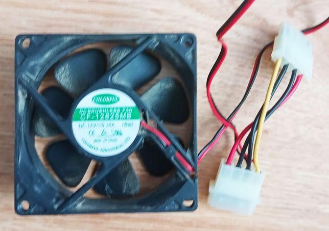 Вентилятор охлаждения системного блока.