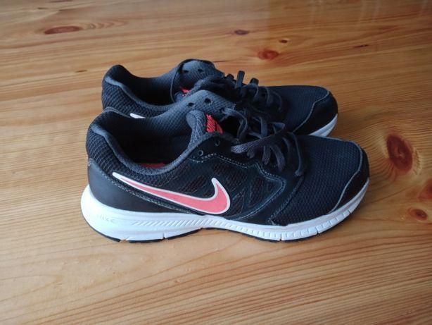 Кросівки бігові NIKE Downshifter 5 розм.40