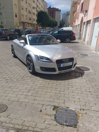 Vende-se Audi TT Cabrio Sline