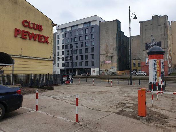 Wynajmę plac handlowo-reklamowy przy Narutowicza w Łodzi, około 100m2