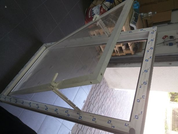 Okna PCV uchylne-OKNO INWENTARSKIE do chlewni, obory-NA ZAMÓWIENIE