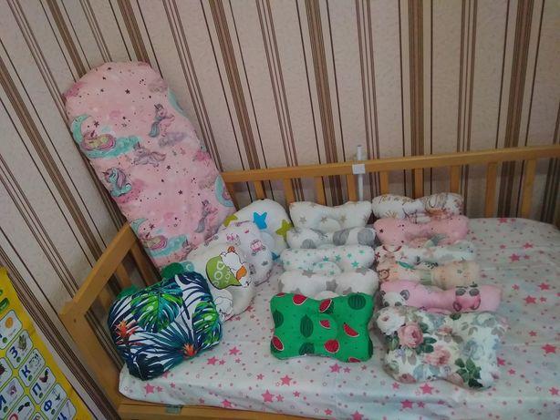 Ортопедическая подушка для новорожденних