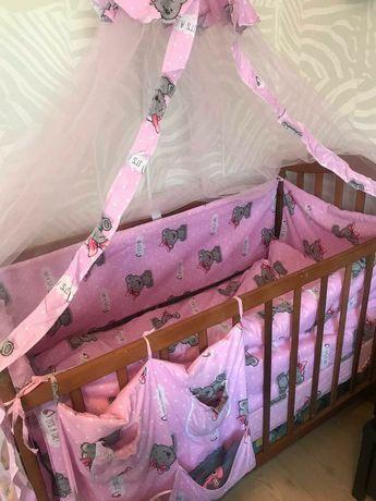 Детская кроватка,матрас,подушка, комплект белья, бортики, балдахин
