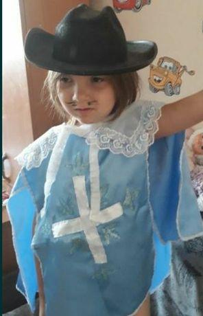 карнавальный костюм мушкетера, универсальный размер, накидка+шляпа