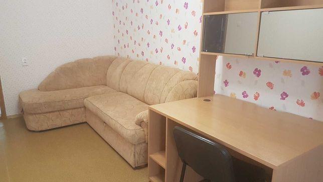 Продам 3-комнатную квартиру метро Героев Труда