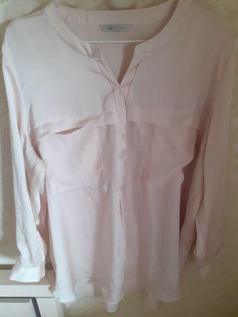Фірмова пудрова блуза