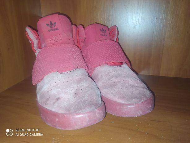 Продам кроссовки adidas tabular