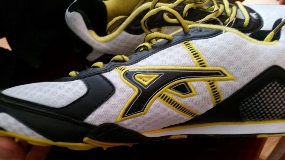 Buty do biegania Więzowno - image 1