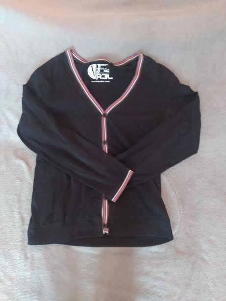 Sweter czarny na guziki