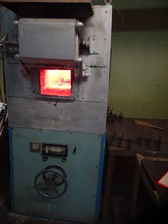 Электропечь термообработка металла, обжиг керамики и деколи.