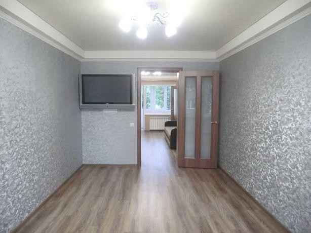 Поклейка обоев, шпаклёвка,покраска, выравнивание стен,заливка стяжки.