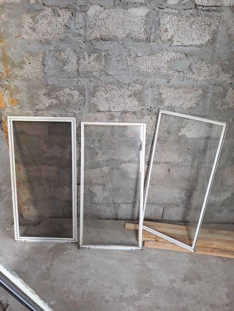 """3 стекла (""""нитка""""), стёкла и сетки в рамах, каркас для рам"""