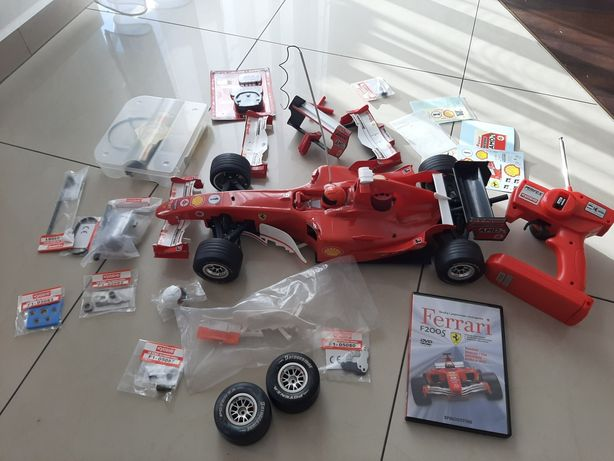 Model zdalnie sterowany Ferrari F2005