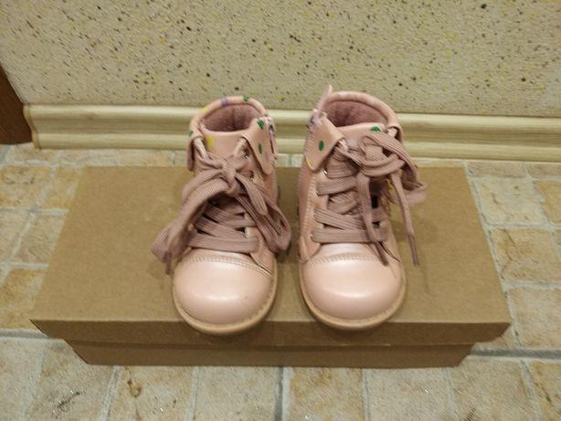 Продам детские осень-весна ботинки для девочки ТМ Шалунишка.