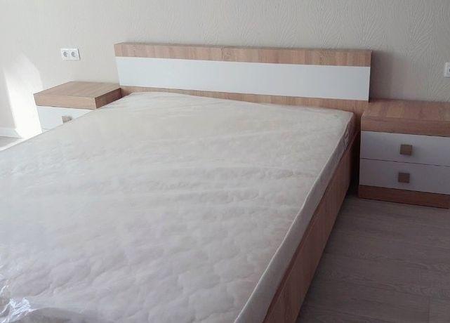 Кровать с матрасом 140*200.Новая
