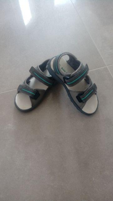 Sandałki nowe