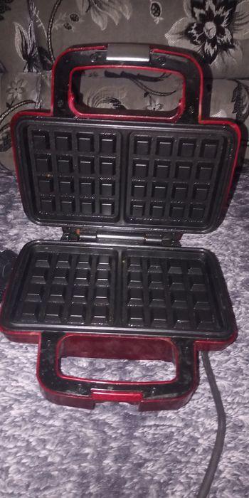 Продам для  електровафельницю випікання вафлів Стрый - изображение 1