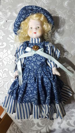 Boneca de Porcelana 21cm