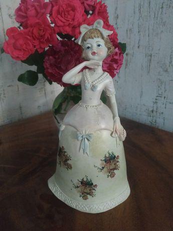 Винтажная статуэтка английской девочки