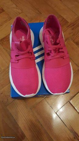 Tênis Adidas novos N.37 originais