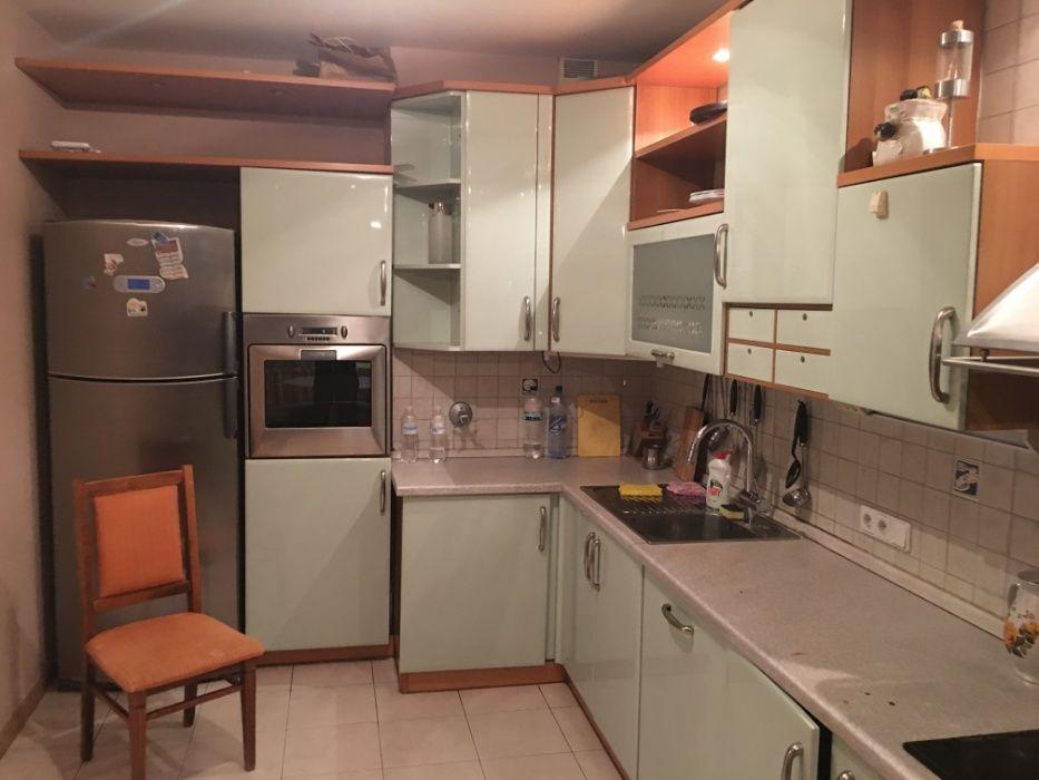 Подселение в 4-х местную комнату . М. Дворец Украины . Общежитие-1