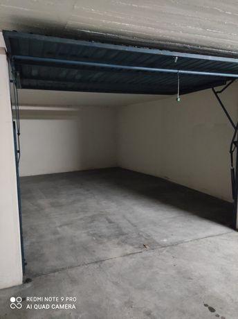 Garagem com 15m2 em Repeses