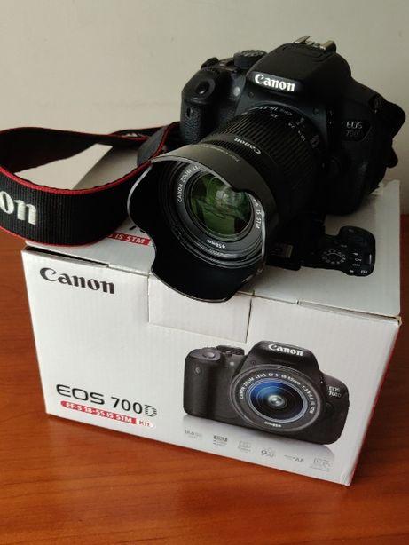 CANON 700D com lente 18-55mm + lente 50mm + lente70-210mm