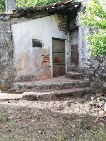 terreno com casa para reconstruir