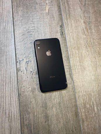 iPhone Xr black 64 gb