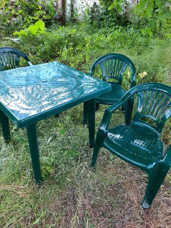 Стол со стульями комплект пластик
