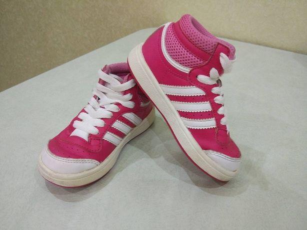 Стильные кроссовки сникерсы Adidas размер 23 Оригинал!