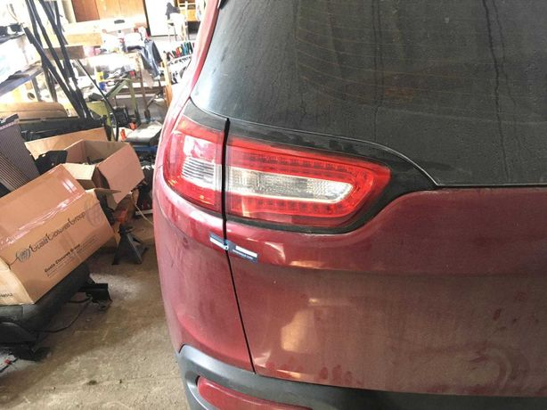 Крышка Багажника Ляда Jeep Cherokee KL
