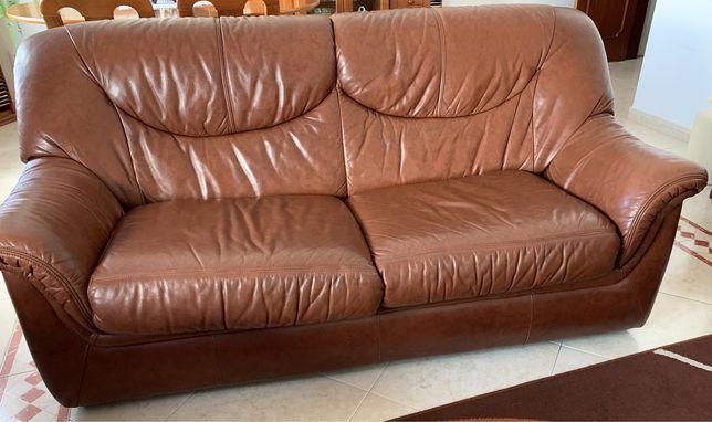 Conjunto de 3 sofás em pele