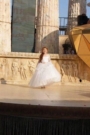 Платье , бальное платье, пышное платье
