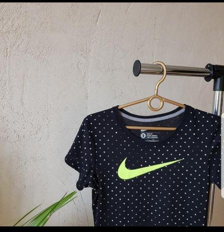 Футболка Nike, майка, поло, топ, топик, adidas, спорт, оригінал, puma.
