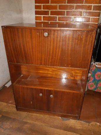 Móvel vintage com divan