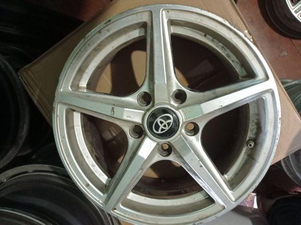 Продам диски Toyota Corolla R15 5/114,3