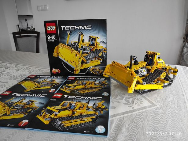 LEGO 42028 Technic - Buldożer, komplet