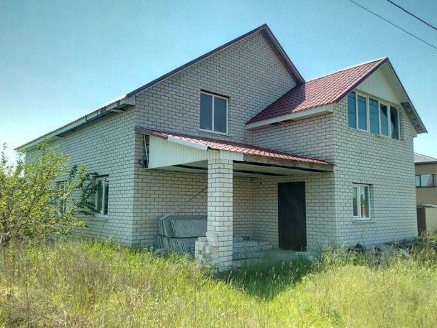 Калиновка новый дом и 8.4сотки.Макаровский р-н.От Киева около 39км.